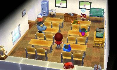 学校(初期段階)全景。二人掛けの椅子で講義室のようです。前面は黒板では無く、資料表示用のディスプレイです。本当はプロジェクターがベストなのですが…。