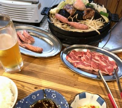 札幌入りして早速ジンギスカンを。よく通っていた店ですが一人で入るのは初めてなのでドキドキしましたが(人気店な上、七輪なので人数が限られる)、早い時間もあってか普通に食べられました。