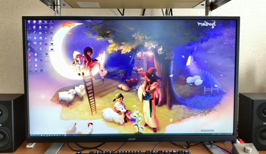 Acerの「ET322QKwmiipx」です。…なんて読むのだろう(汗)