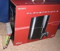 PS3とソフト(みんゴル5とGT5プロローグ)。あとUSBキーボードとコントローラの充電スタンドとかも欲しいな。